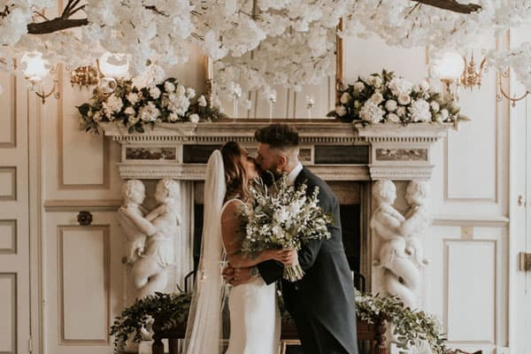 The Botanical Wedding of Michelle & Jack – Gosfield Hall, Essex